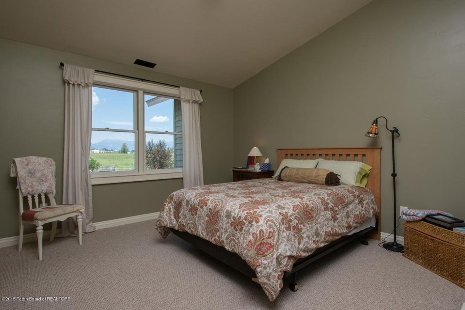 Additional photo for property listing at 1725 E KDC LANE Jackson, WY  Jackson, Wyoming,83001 États-Unis