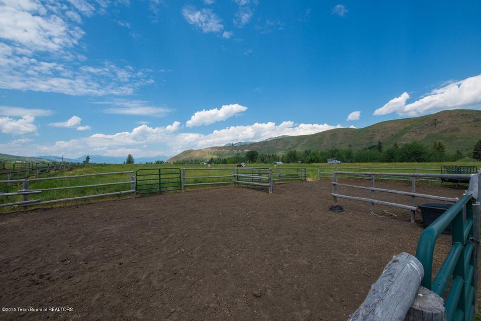Additional photo for property listing at 1725 E KDC LANE Jackson, WY  Jackson, 懷俄明州,83001 美國