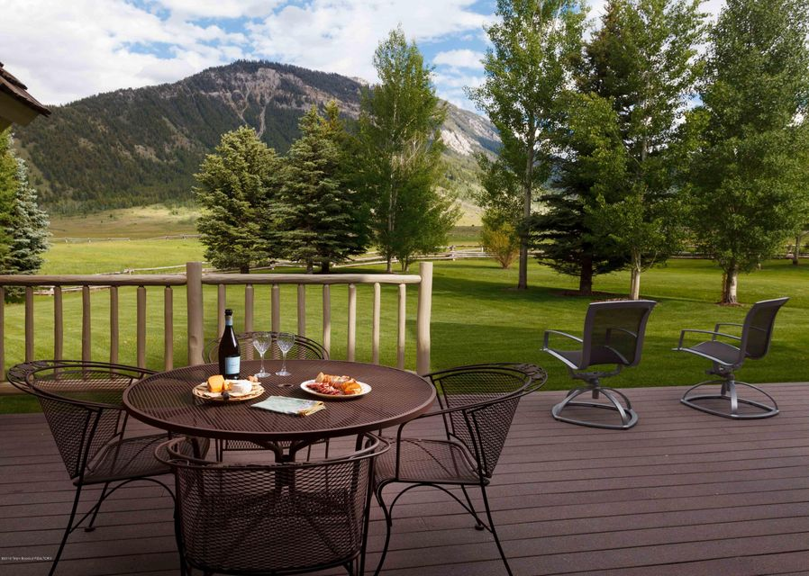 Additional photo for property listing at Bourbon Whiskey Ranch 13455 BRYAN FLAT RD, Jackson, WY Jackson, Вайоминг,83001 Соединенные Штаты