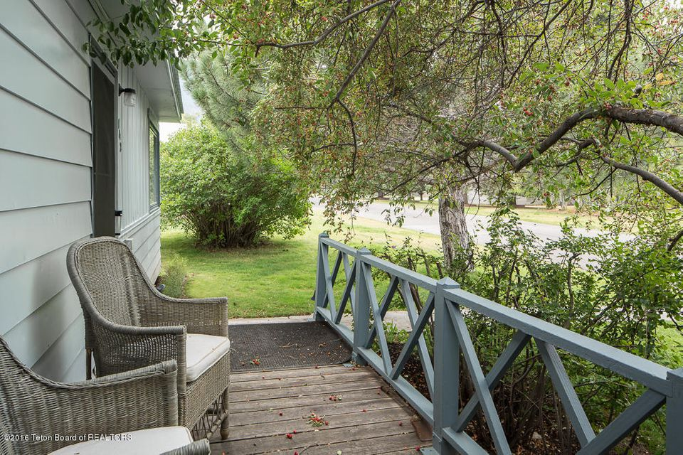 Additional photo for property listing at 142 N GROS VENTRE ST Jackson, WY  Jackson, Wyoming,83001 Estados Unidos