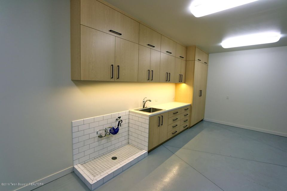 Additional photo for property listing at 阿斯彭森-威尔逊 2005 S CRESCENT H RD 威尔逊, 怀俄明州,83014 美国