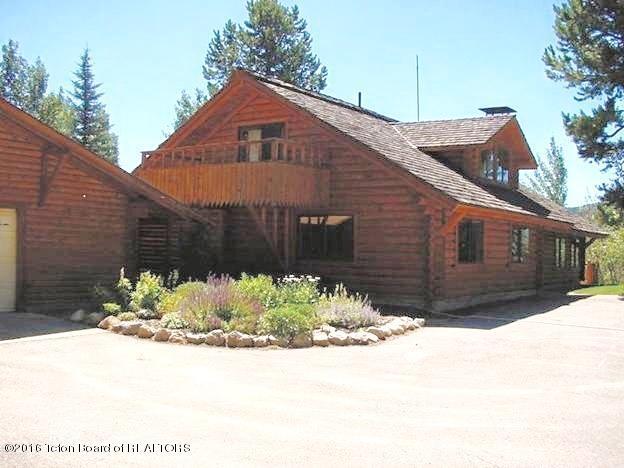 98 S PINE STREET, Alpine, WY 83128
