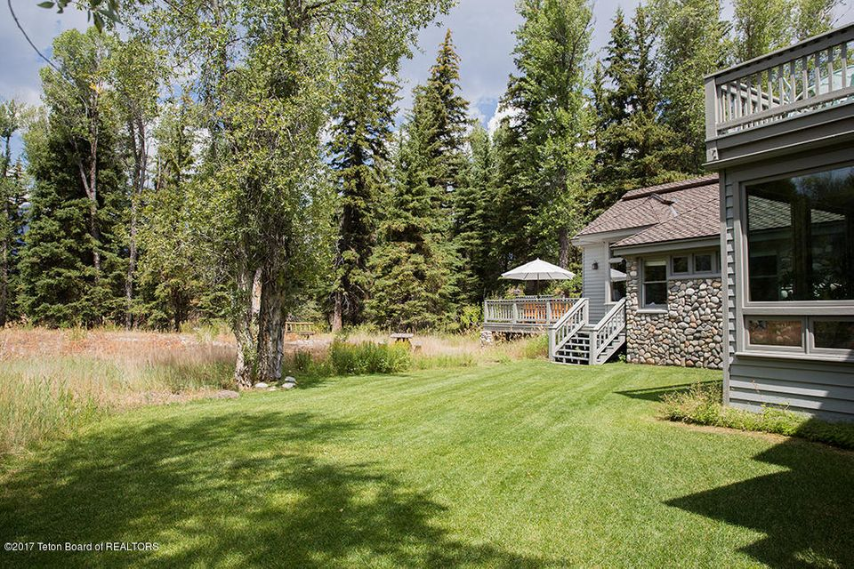 Additional photo for property listing at 9675 N SNAKE RIVER DR Jackson, WY 9675 N SNAKE RIVER DR Jackson, Γουαϊομινγκ,83001 Ηνωμενεσ Πολιτειεσ