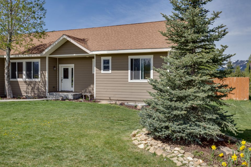8976 SETTLEMENT DR, Victor, ID 83455