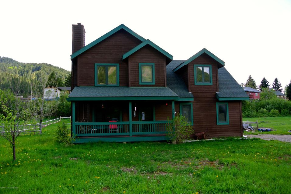 512 THREE RIVERS DRIVE, Alpine, WY 83128