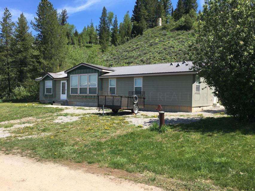 28 FOOTHILL BLVD, Alpine, WY 83128