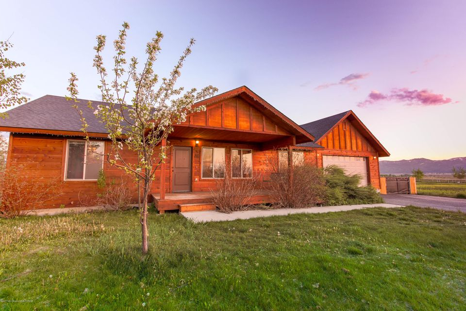 1670 RIVER MEADOWS, Victor, ID 83455