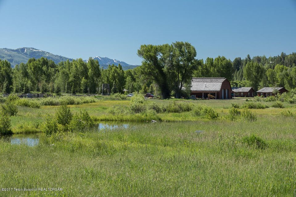 Additional photo for property listing at 1625 S FALL CREEK RD Wilson, WY 1625 S FALL CREEK RD 威尔逊, 怀俄明州,83014 美国