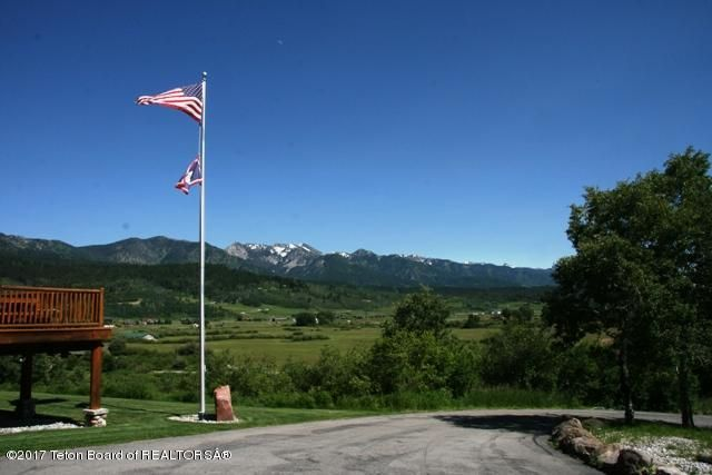 Additional photo for property listing at 588 MCNEEL POWER PLANT Alpine, WY 588 MCNEEL POWER PLANT Alpine, 懷俄明州,83128 美國