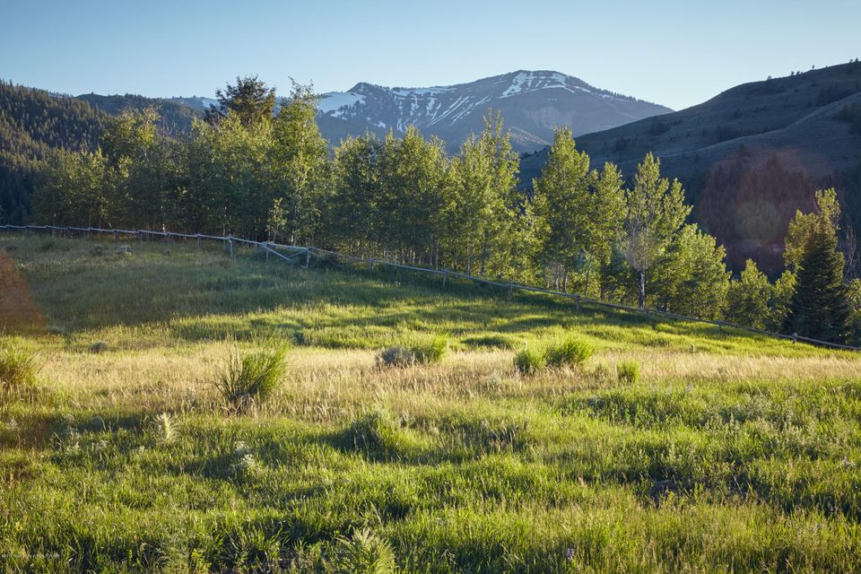 Additional photo for property listing at RIVER BEND RD-RANCH ESTATE 5 Jackson, WY RIVER BEND RD-RANCH ESTATE 5 Jackson, Wyoming,83001 États-Unis