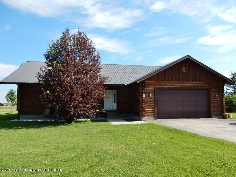 5042 COUNTRY CLUB DR, Victor, ID 83455