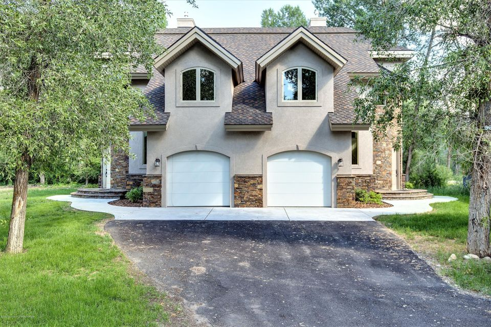 37 WILLOWBROOK DR, Driggs, ID 83422