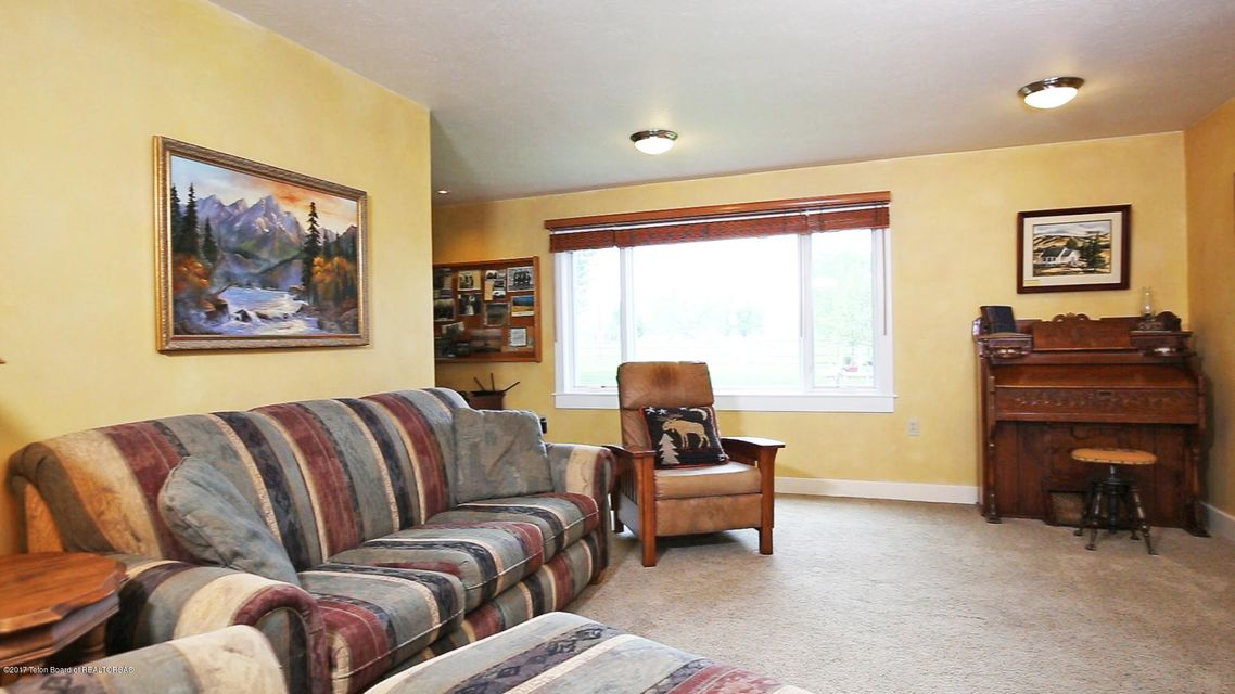 Additional photo for property listing at 202 MORMON ROW ROAD Kelly, WY 202 MORMON ROW ROAD Kelly, Wyoming,83011 Hoa Kỳ
