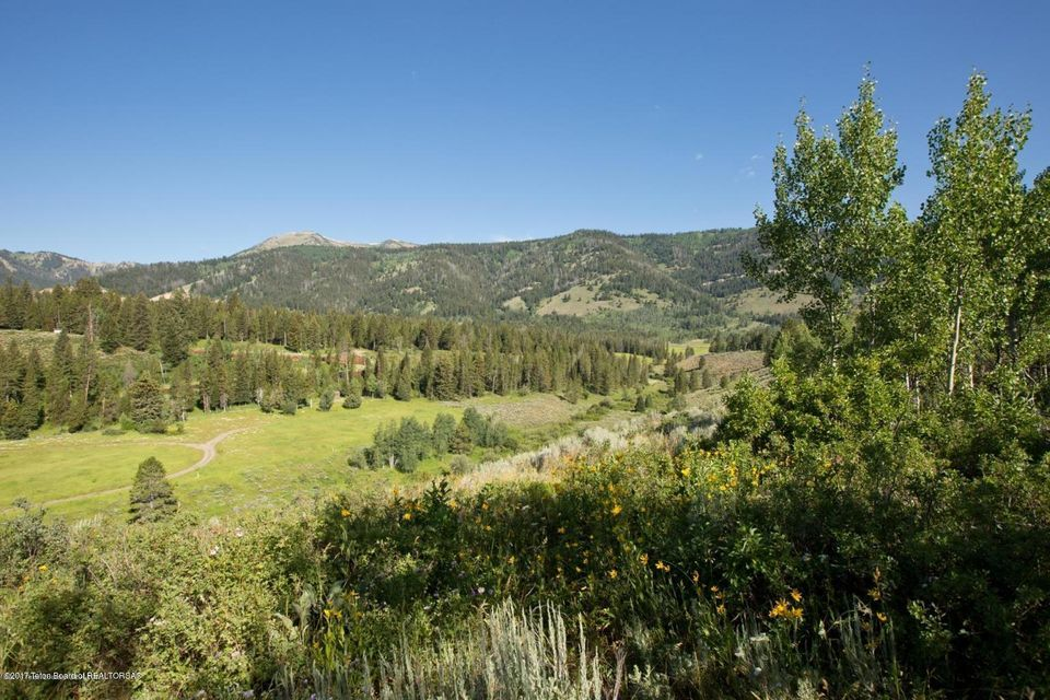 Additional photo for property listing at 875 CAMERON RD Wilson, WY 875 CAMERON RD Wilson, Вайоминг,83014 Соединенные Штаты