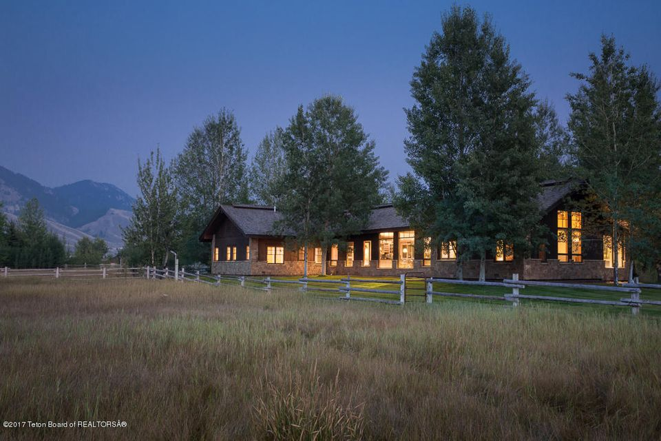 Additional photo for property listing at 4585 S FISHING CLUB DR Jackson, WY 4585 S FISHING CLUB DR Jackson, ワイオミング,83001 アメリカ合衆国