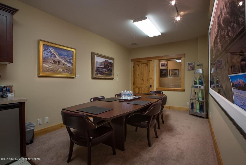 Additional photo for property listing at Jackson, WY  Jackson, 와이오밍,83001 미국