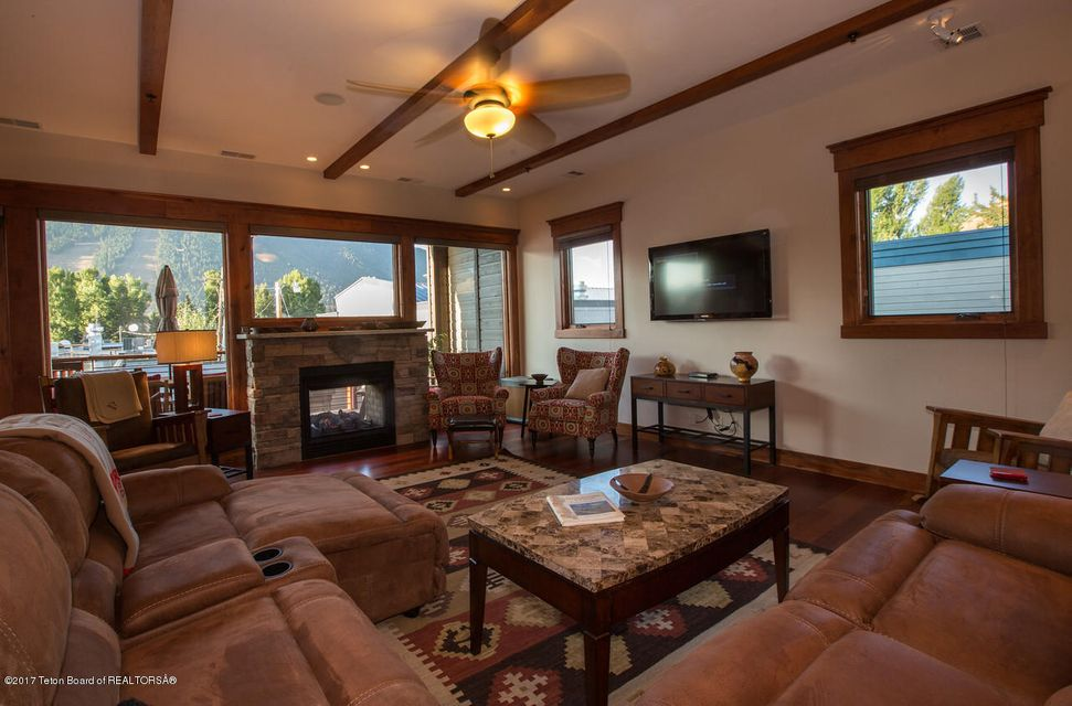 Additional photo for property listing at Jackson, WY  Jackson, Wyoming,83001 Verenigde Staten