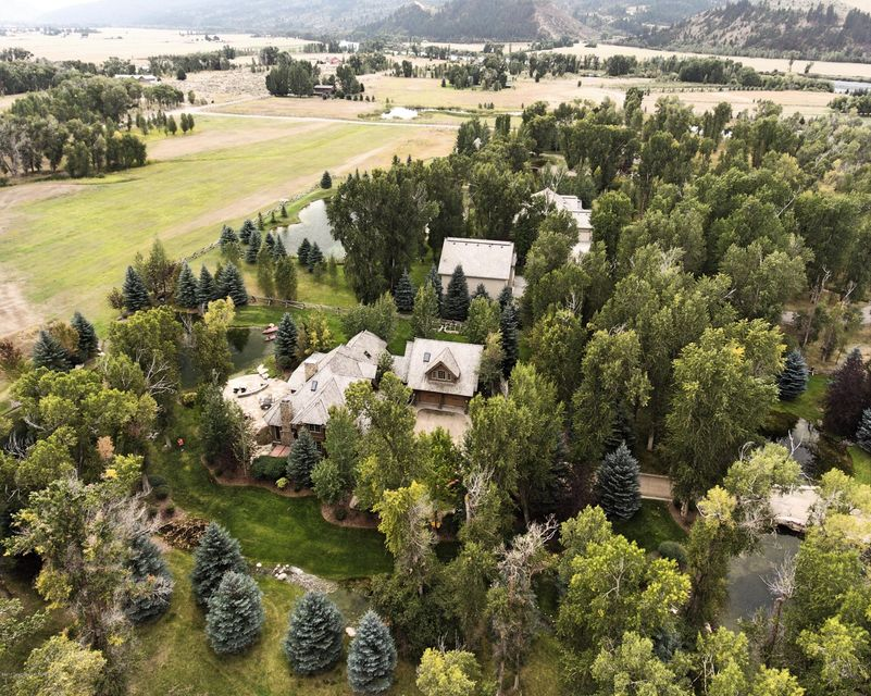 Additional photo for property listing at 440 COTTONWOOD LOOP Irwin, ID 440 COTTONWOOD LOOP Irwin, Idaho,83449 Estados Unidos