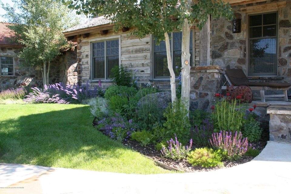 Additional photo for property listing at 305 FLYWATER TRAIL Etna, WY 305 FLYWATER TRAIL Etna, Wyoming,83118 États-Unis