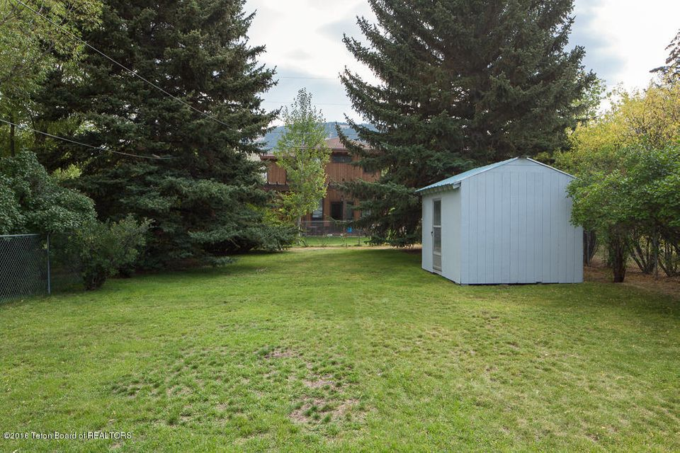 Additional photo for property listing at Jackson, WY  Jackson, Wyoming,83001 Stati Uniti