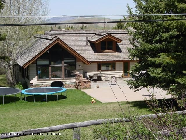 Additional photo for property listing at 540 CACHE CREEK DR Jackson, WY 540 CACHE CREEK DR Jackson, Wyoming,83001 Estados Unidos