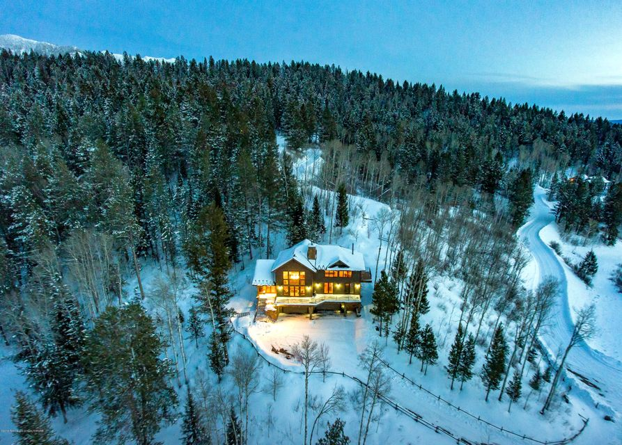 Villa per Vendita alle ore 232 UPPER RIDGE ROAD Alpine, WY 232 UPPER RIDGE ROAD Alpine, Wyoming,83128 Stati Uniti