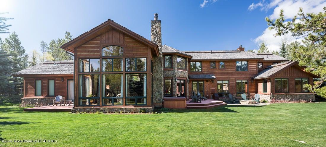 獨棟家庭住宅 為 出售 在 3730 S LAKE CREEK DRIVE Wilson, WY 3730 S LAKE CREEK DRIVE Wilson, 懷俄明州,83014 美國