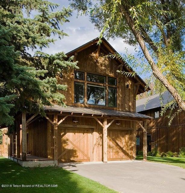獨棟家庭住宅 為 出售 在 1325 WEST STREET Wilson, WY 1325 WEST STREET Wilson, 懷俄明州,83014 美國