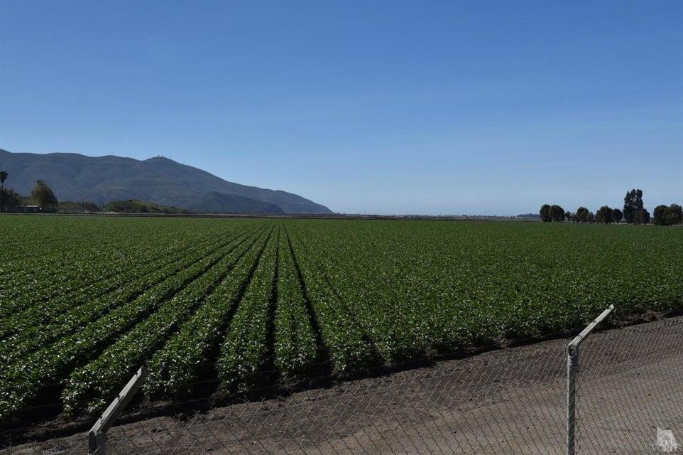 Land for Sale at 305 W Hueneme Road 305 W Hueneme Road Camarillo, California 93012 United States