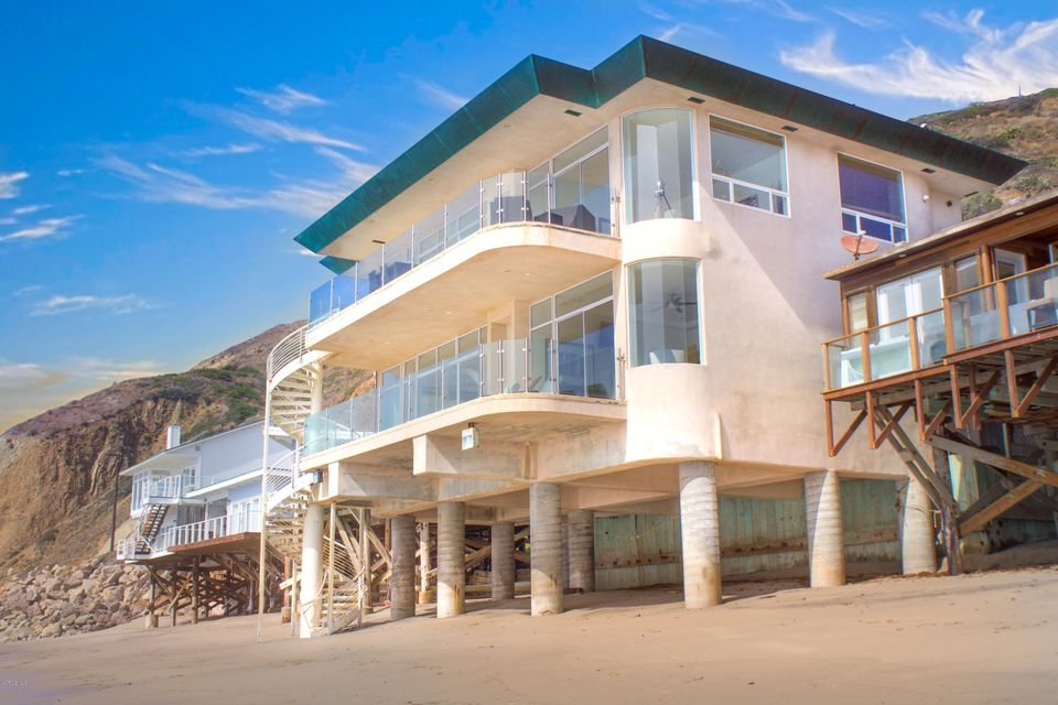 Single Family Home for Sale at 11344 Pacific Coast Highway 11344 Pacific Coast Highway Malibu, California 90265 United States