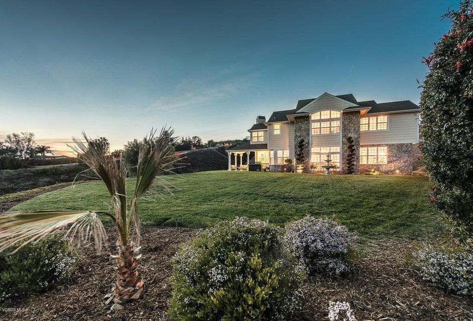 Single Family Home for Sale at 3134 Escollera Avenue 3134 Escollera Avenue Camarillo, California 93012 United States