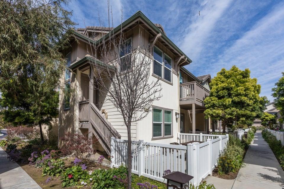 Property photo for 316 Harbor Breeze Drive Port Hueneme, CA 93041 - 218003269VP