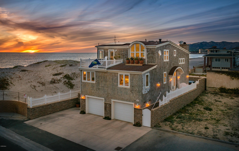 Single Family Home for Sale at 1085 Driftwood Lane 1085 Driftwood Lane Ventura, California 93001 United States