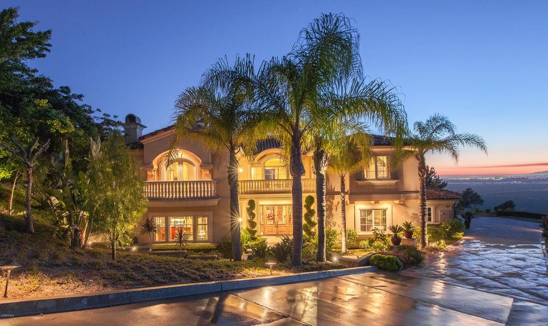 Single Family Home for Sale at 1185 Corte Barroso 1185 Corte Barroso Camarillo, California 93010 United States