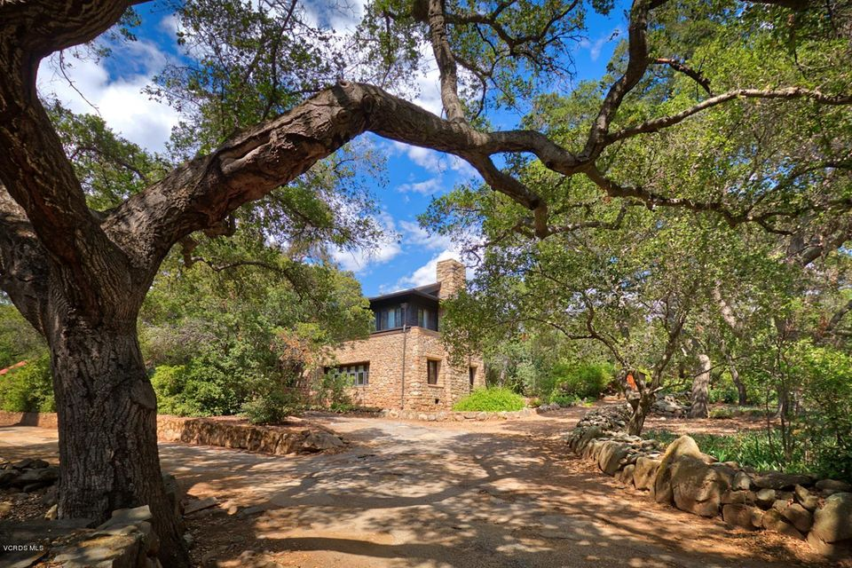 Single Family Home for Sale at 4255 Thacher Road 4255 Thacher Road Ojai, California 93023 United States