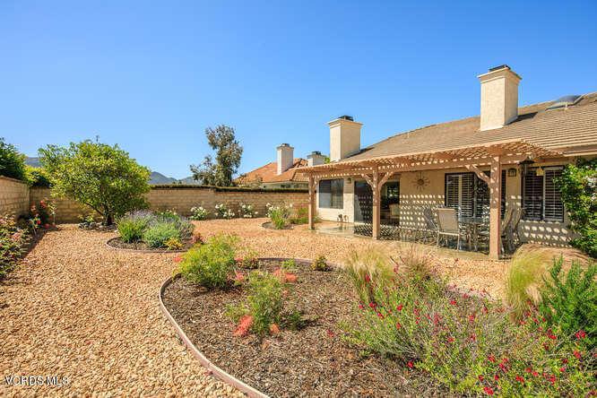 Additional Photo For Property Listing At 5872 Woodglen Drive 5872 Woodglen  Drive Agoura Hills, California