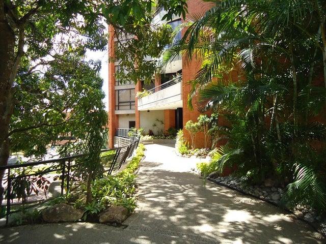 Apartamento En Venta En Caracas - Sebucan Código FLEX: 14-747 No.2