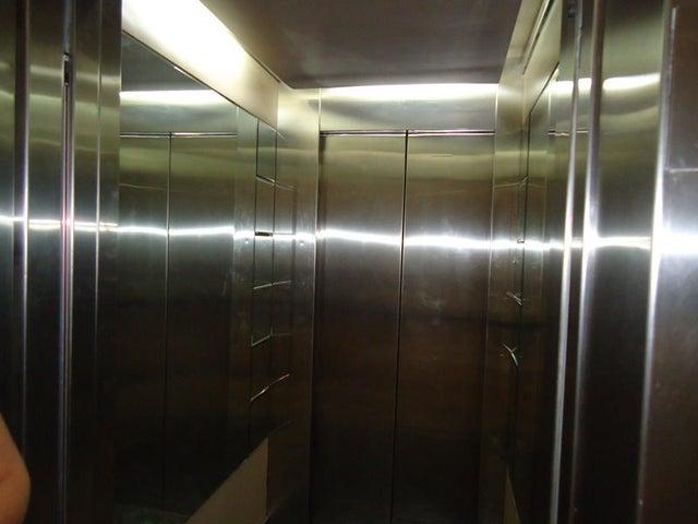 Apartamento En Venta En Caracas - Sebucan Código FLEX: 14-747 No.12