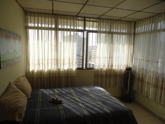 Apartamento En Venta En Caracas - Los Chaguaramos Código FLEX: 15-5557 No.10
