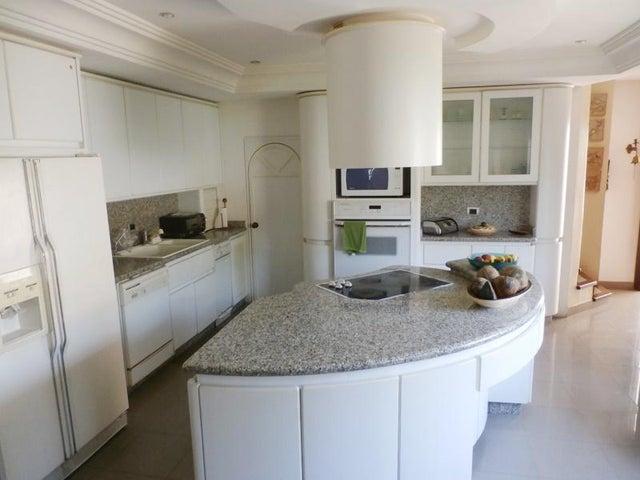 Apartamento En Venta En Valencia En Altos de Guataparo - Código: 15-8837