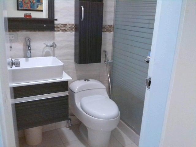 Apartamento En Venta En Caracas - Prado Humboldt Código FLEX: 15-11299 No.7