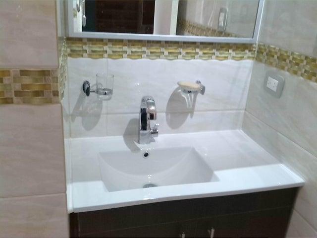 Apartamento En Venta En Caracas - Prado Humboldt Código FLEX: 15-11299 No.5