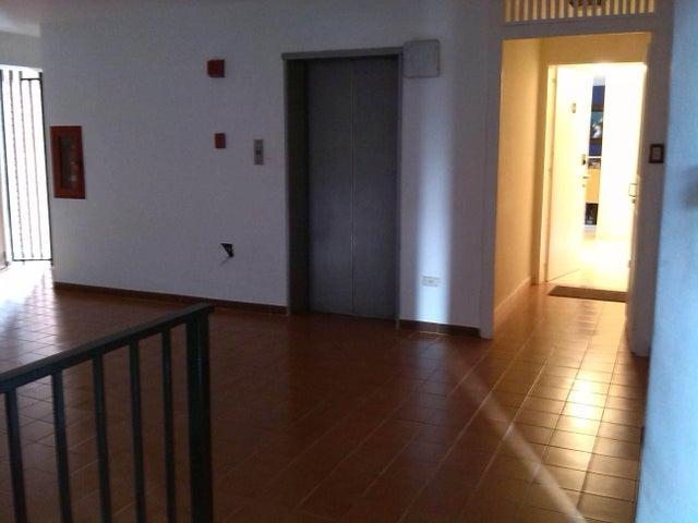 Apartamento En Venta En Caracas - Prado Humboldt Código FLEX: 15-11299 No.15