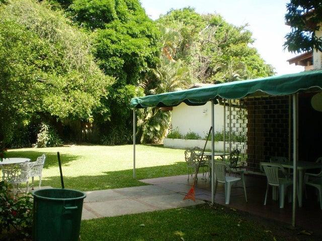 Casa En Venta En Caracas - Chuao Código FLEX: 15-13594 No.6