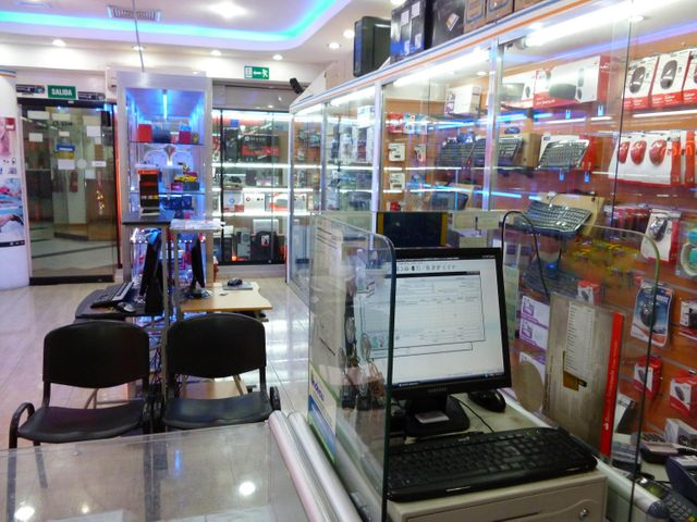 Negocio o Empresa En Venta En Caracas - Sabana Grande Código FLEX: 15-15470 No.7