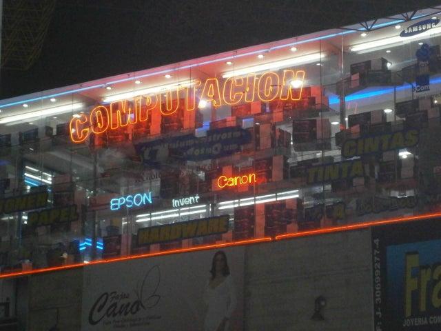 Negocio o Empresa En Venta En Caracas - Sabana Grande Código FLEX: 15-15470 No.3