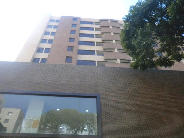 Apartamento En Venta En Caracas - Parroquia La Candelaria Código FLEX: 16-351 No.0