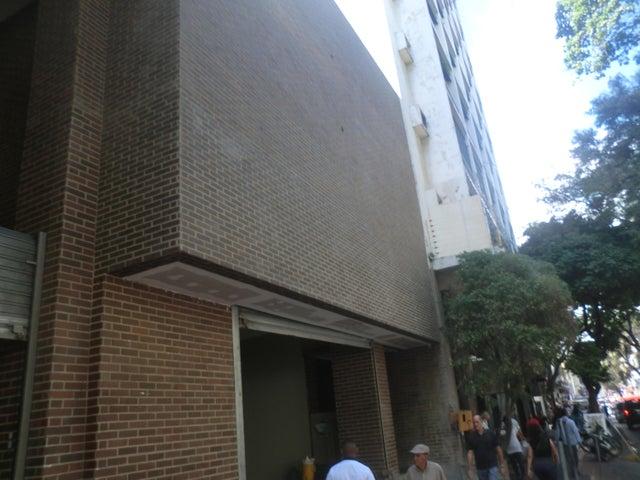 Apartamento En Venta En Caracas - Parroquia La Candelaria Código FLEX: 16-351 No.1