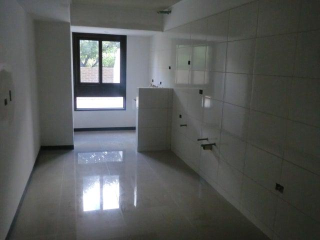 Apartamento En Venta En Caracas - Parroquia La Candelaria Código FLEX: 16-351 No.3