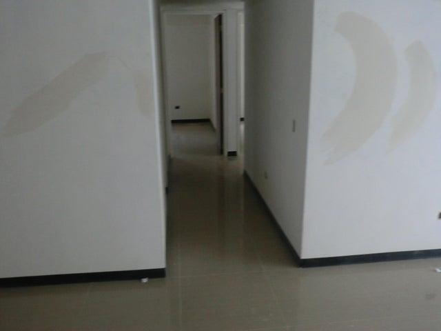 Apartamento En Venta En Caracas - Parroquia La Candelaria Código FLEX: 16-351 No.6
